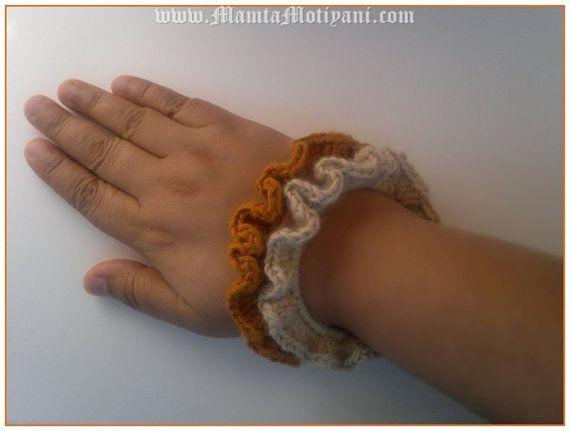 Crochet Bracelet Pattern For Beginner Crochet Bangle by Mamta