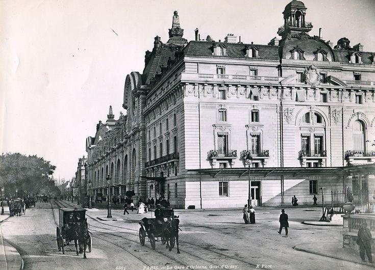 Paris, la Gare d'Orléans, Quai d'Orsay vers 1900. Actuellement le Musée d'Orsay.