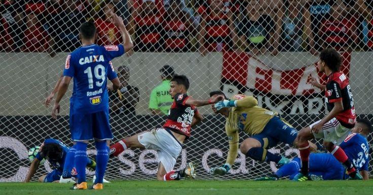 Violência, gol polêmico e falha: Fla e Cruzeiro empatam na primeira final