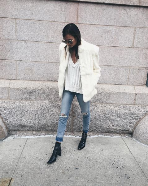 Danielle from We Wore What in the Ashley Silk Raglan Sweater #MyFLL