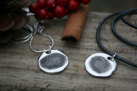 Fingerprint Sweetheart Necklaces von Joulberry auf Etsy