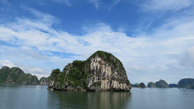 Crucero Bahía de Halong. Bai Tu Long Junks Review