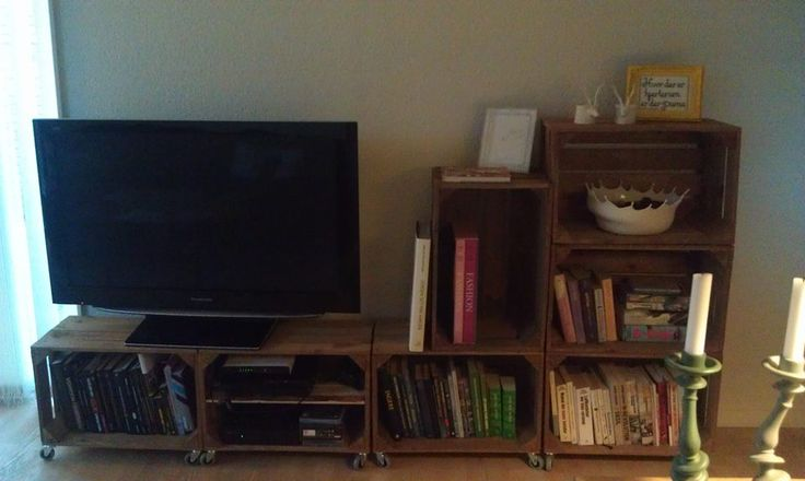 DIY bookcase / TV table.