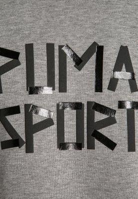 In diesem Kapuzenpulli kommt dein Kind sportlich voran. Puma SPORTS STYLE - Kapuzenpullover - medium gray heather für 44,95 € (10.10.16) versandkostenfrei bei Zalando bestellen.
