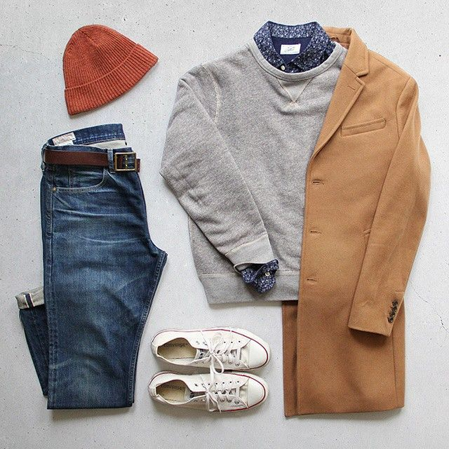 The relaxed weekend look. Can't go wrong when chucks are in play.