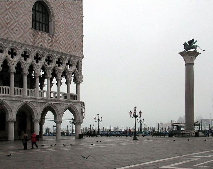 【イタリア】ヴェネチアの歴史とロマンを満喫できるリアルト橋周辺観光地5選 - トラベルブック