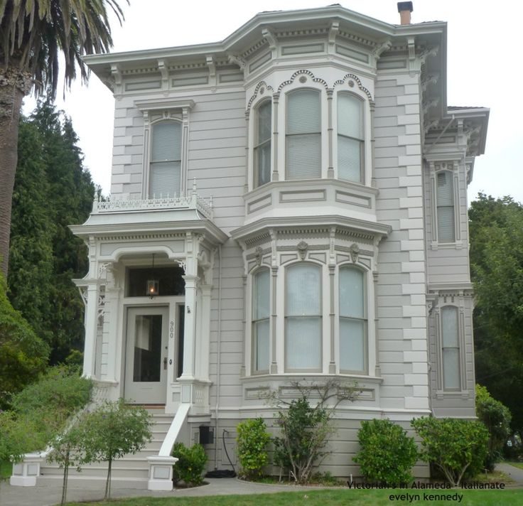 Victorians In Alameda - Italianate Style