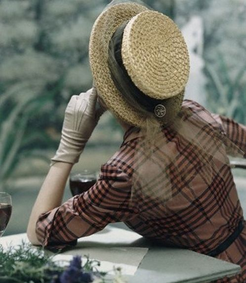 hat and gloves   by John Rawlings #1940s #vintage #fashion