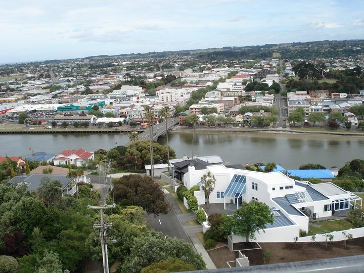 The town bridge, over the Wanganui River, at river city Wanganui City, New Zealand