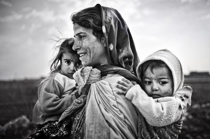 Stunning Street Photography by Mustafa Dedeoğlu - 121Clicks.com