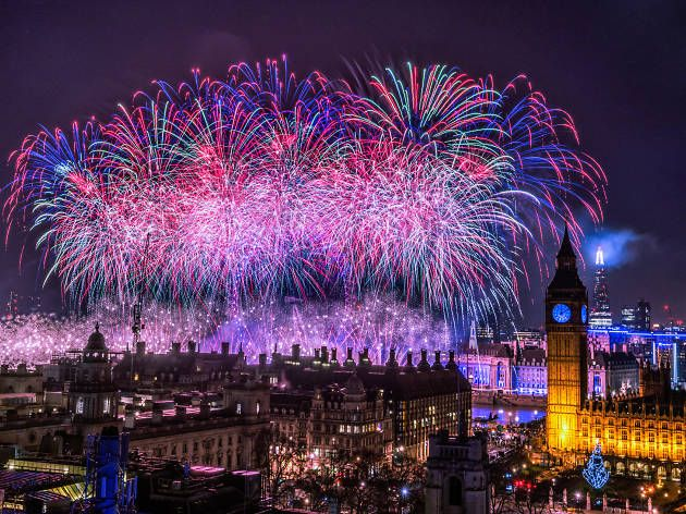 Happy New Year.#London rings in 2017 with spectacular fireworks display #lightfunc #lightfuncscapades #amazing #epic