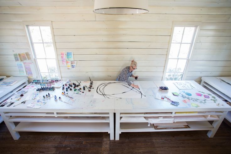 "susan hable smith in her studio in athens, georgia launch of her new book, ""a colorful home"", at egan day on february 14 rsvp today (photo by rinne allen)"