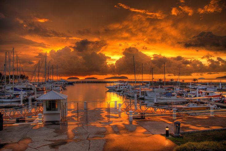 Sutera_harbour_sunset.jpg (2048×1371)