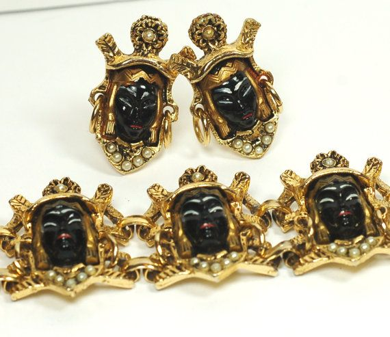 Selro Black Asian Princess Bracelet by EmbellishgirlVintage