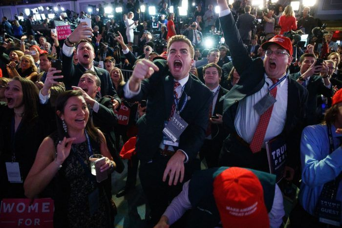 16 Photos Showing US Election Night Vs Australian Election Night http://www.chaostrophic.com/16-photos-showing-us-election-night-vs-australian-election-night/