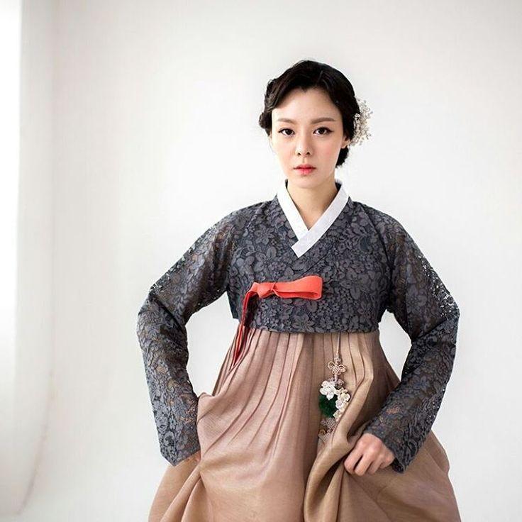 "#hanbok project #Photo by Derek Lee Sponsored by #w한복 . . . . #korea #photography #wedding #한복…"""