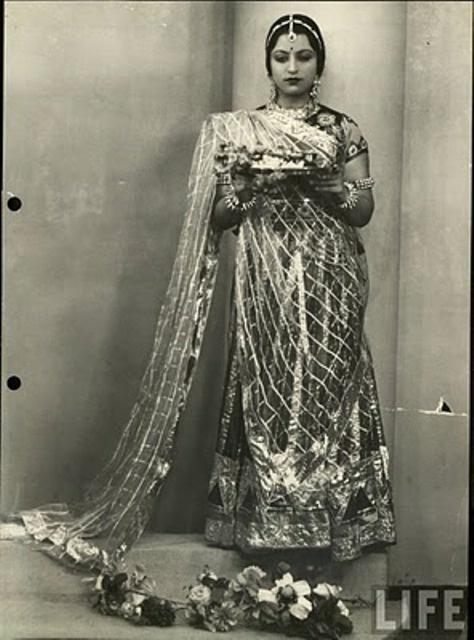Diwali week! 1950s