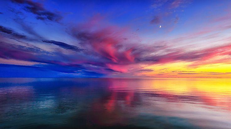 Day passes to Night - Lake Manitoba Canada