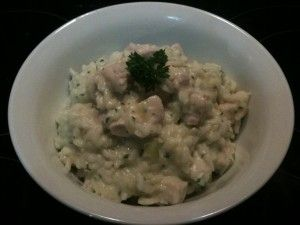 Creamy Garlic Chicken Risotto Small handfull of parsley 3 shallots 2 cloves garlic (decent size cloves) 40g butter 350g aborio rice 900g stock (I used 900g water + 3 tsp homemade chicken or Vegetable Stock Concentrate) 500g diced chicken 60g sour cream salt to taste