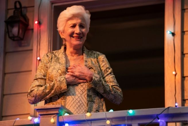 Entertainment The Trailer For Netflix S Tales Of The City Reboot Is Officially Here In 2019 Olympia Dukakis Netflix New Actors