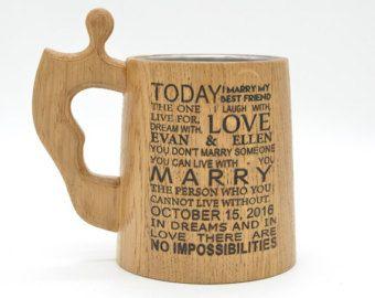 Lado grabado jarras de cerveza de madera personalizados, taza de cerveza de cotizaciones de boda, regalo para novio y novia, casarse se casó con Don, sólo se casó con cartel de madera