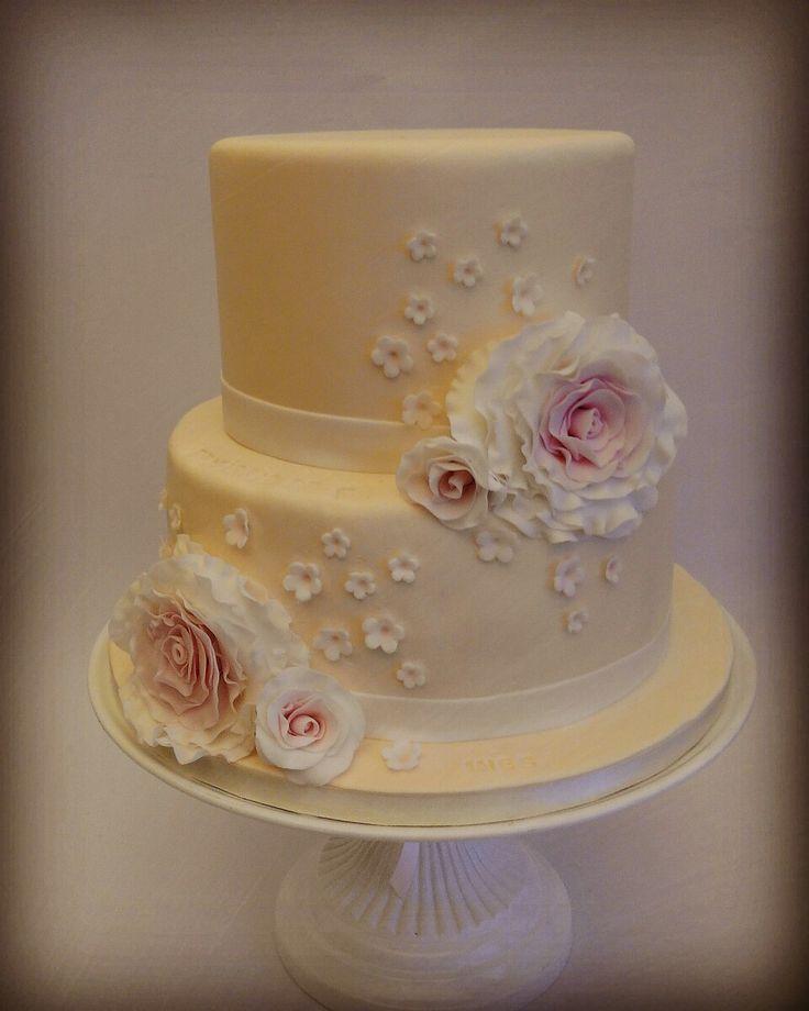 Wedding cake. Bolo casamento.