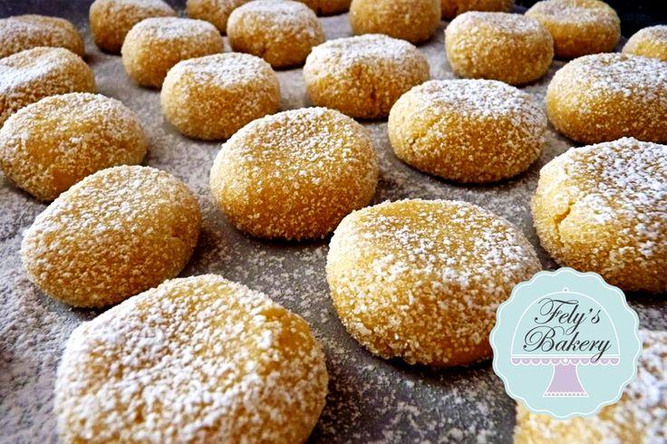 Questi Biscotti al limone sono irresistibili per il profumo e la delicatezza di una morbida pasta frolla.