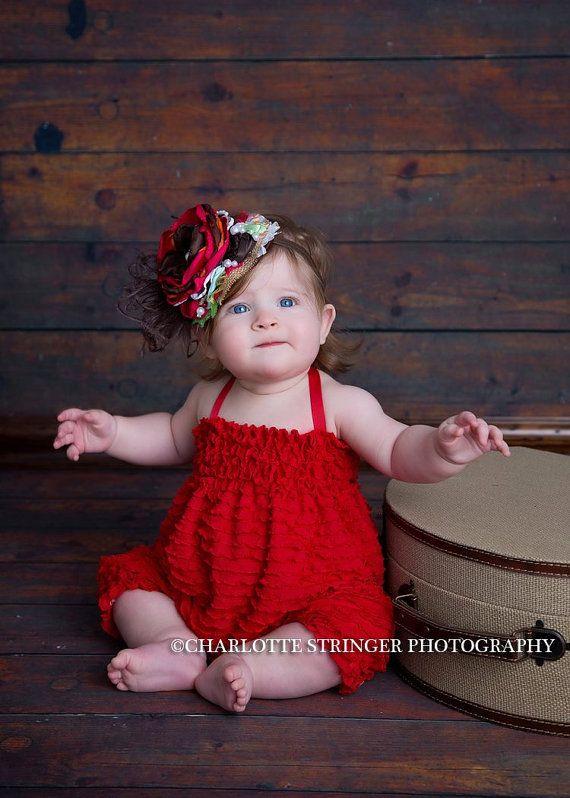 Mameluco rojo por Cheeky Baby Chic de la colmena por cheekychicbaby