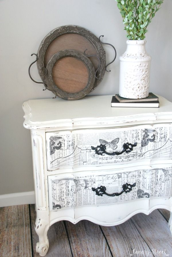 Gorgeous French nightstand painted with Annie Sloan chalk paint, plus an easy technique to create unique drawer fronts.