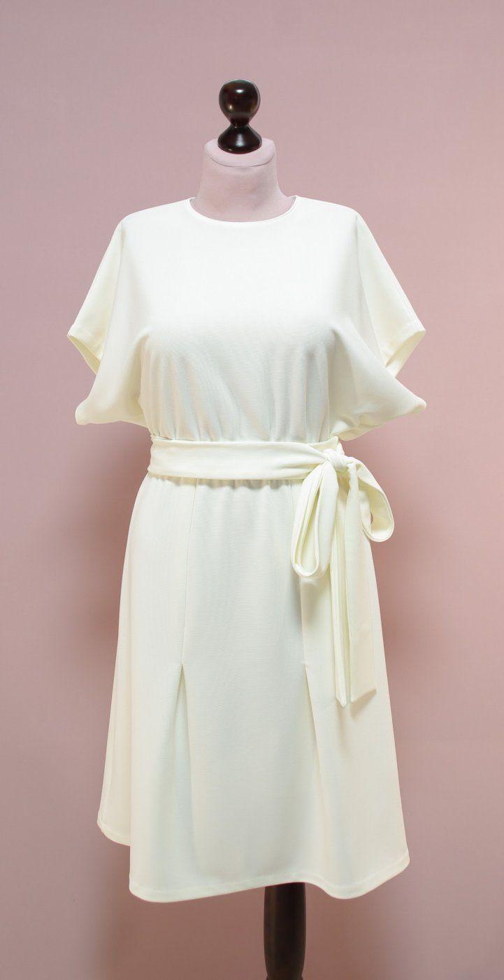 Молочное платье с рукавами летучая мышь | Платье-терапия от Юлии