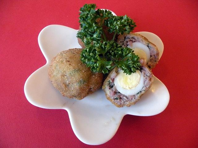 Mini scottish eggs by chefpercaso, via Flickr