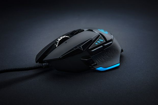 Logitech G502 Proteus Core designed by Design Partners