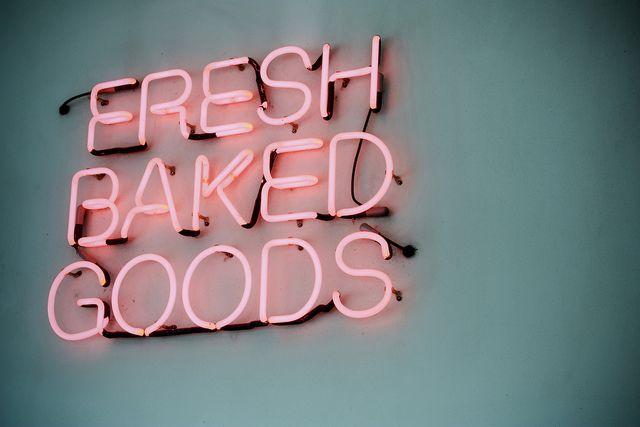 ♥ pink neon: Kitchens Wall, Woods Signs, Pink Neon, Kitchens Signs, Neon Signs, Neon Lights, Baked Goods, Baking Good, Fresh Baking