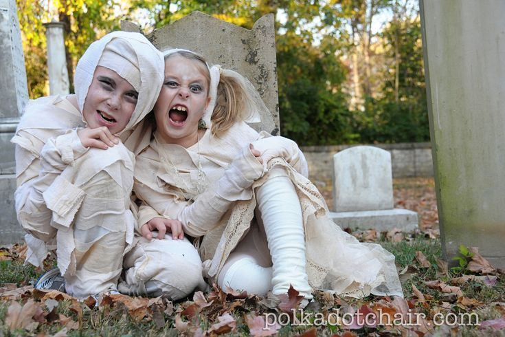 """Mummy Costumes- love the girl one- she's """"princess mummy"""" and has a skirt & everything!"""