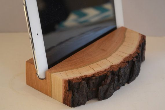 Noyer bois iPad Stand iPad Mini Stand, Stand Tablet, Docking Station, cadeau sur Etsy, $78.99 CAD