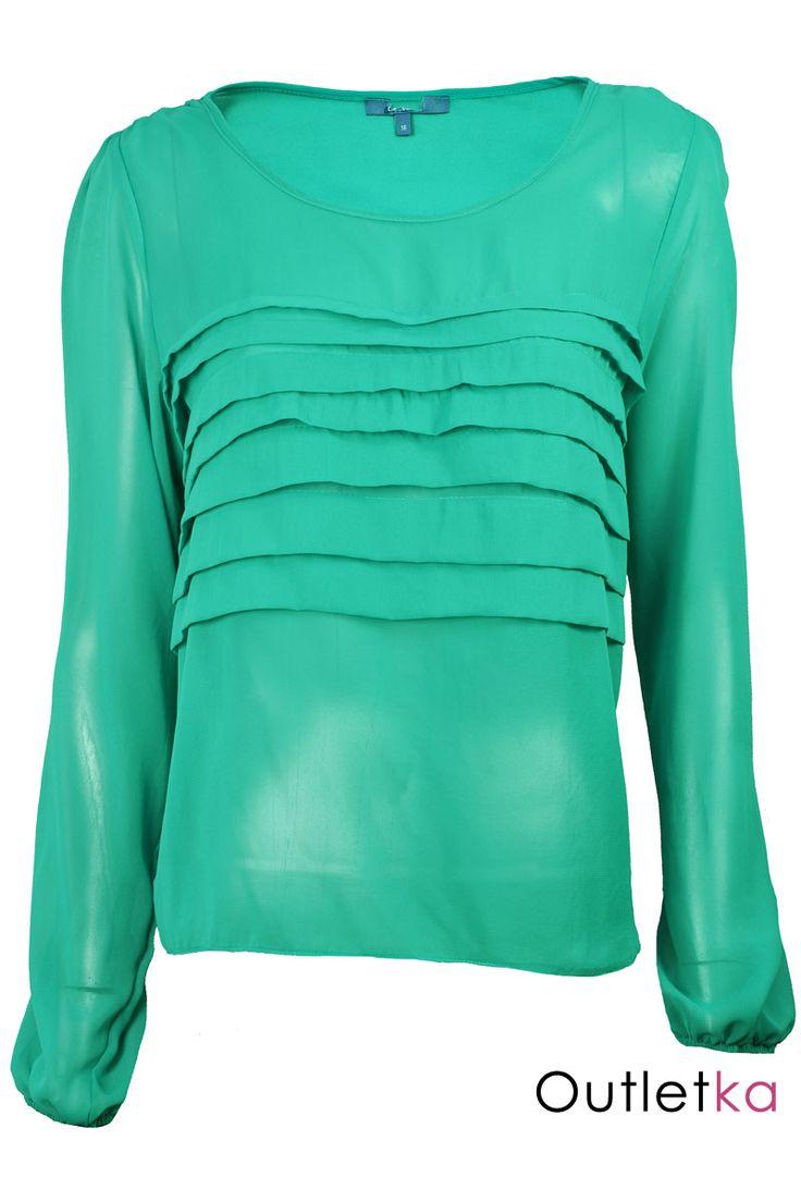 Nowa szyfonowa bluzka angielskiej marki Peacocks w odcieniu zielonym. Bluzka niezwykle gustowna i elegancka. Dół, oraz rękawy zakończone ściągaczem. Z przodu zdobiona zakładkami materiału. Hit w Wielkiej Brytanii.