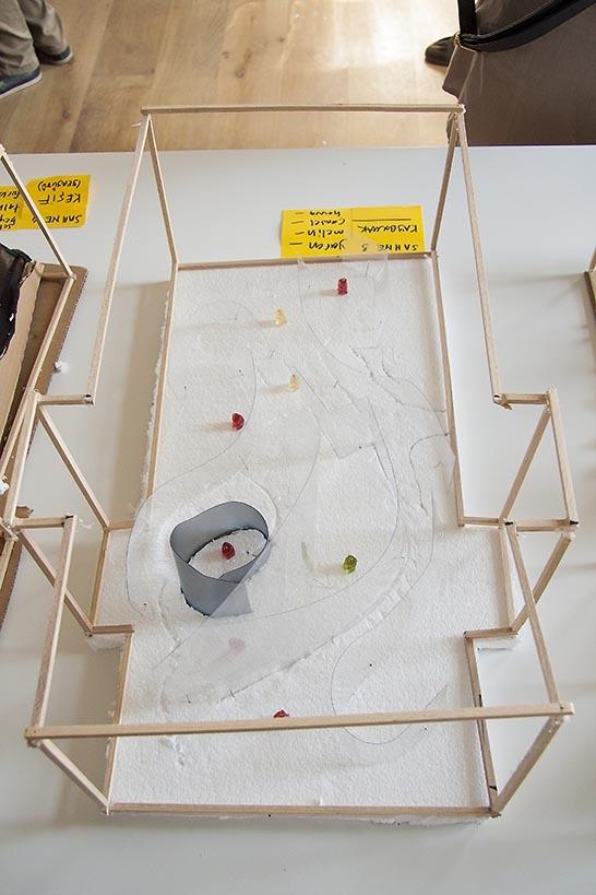 12 Ekim 2012 tarihinde SALT Galata'da gerçekleştirilen ''Hayal Et, Tasarla, Tartış'' atölyesinde üretilen öğrenci projeleri...