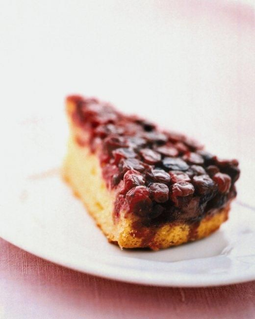 Cranberry Upside Down Cake Recipe--made this last year on Minty's recommendation, and it was delicious!