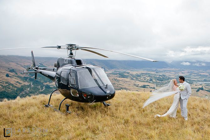 heli wedding  on queenstown hill by Larsson Photography.
