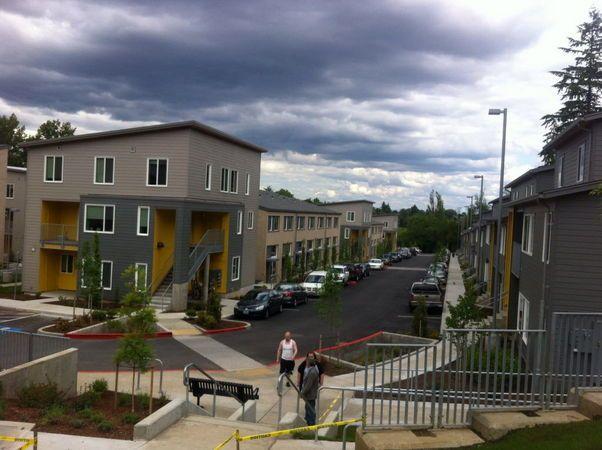 (Just northeast of Multnomah Village) Stephens Creek Crossing: Home Forward's new $53.9 million housing project is full | OregonLive.com