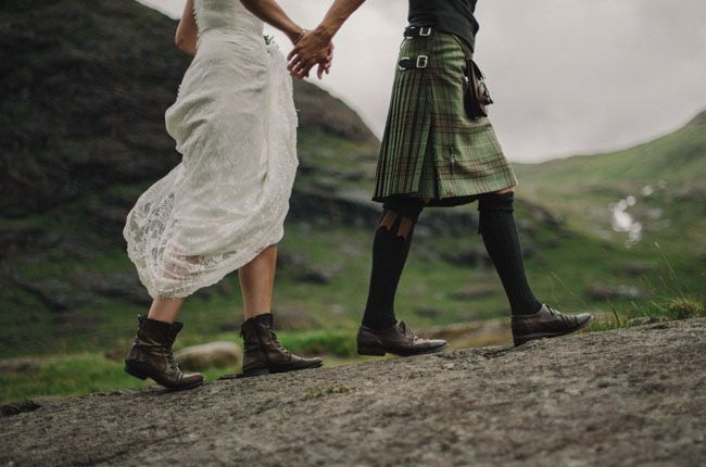 Secret Scotish Elopement on the Isle Of Skye: Laura + Damian