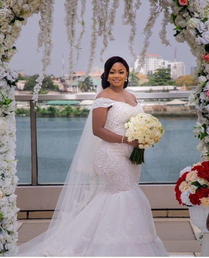 Follow Us Signaturebride On Twitter And On Facebook Signature Bride Magazine Mom Wedding Dress Bridal Style Wedding Dress Guide