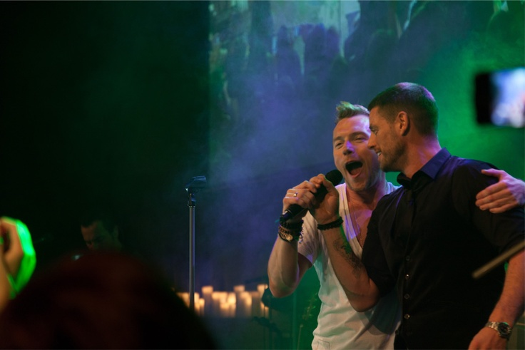 Ronan Keating on stage with James Duffy at The Emeralds & Ivy Ball