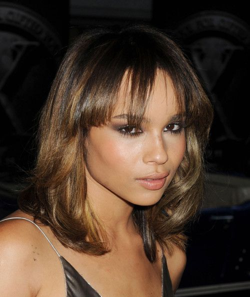Age Aint Nothin' But a Number: 15 Comparisons of Celebs That Are The Same Age, But Don't Look It   StyleBlazerHairstyles, Beautiful Women, Style Hair, Kravitz Zoekravitz, Hair Styles And Face Styl, Zoekravitz Hair, Highlights, Colors Hair, Zoe Kravitz Makeup