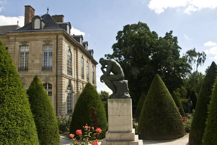 """Rodin Museum. Despite the partial closure of the Hotel Biron, the setting of the Rodin Museum in Paris, the institution must have worked hard for great success of the exhibition """"Mapplethorpe-Rodin"""" to have stabilized its number of entries with some 706,000 visitors 2014. © Musée Rodin"""