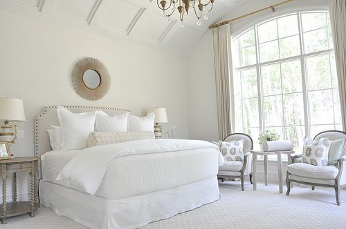 Master bedroom all whites design neutral bedrooms for Neutral off white paint
