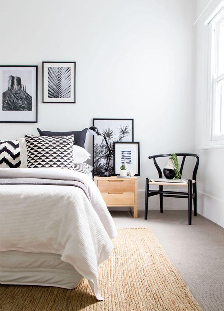 quarto-paredes-brancas-quadros-pb-almofadas-pb