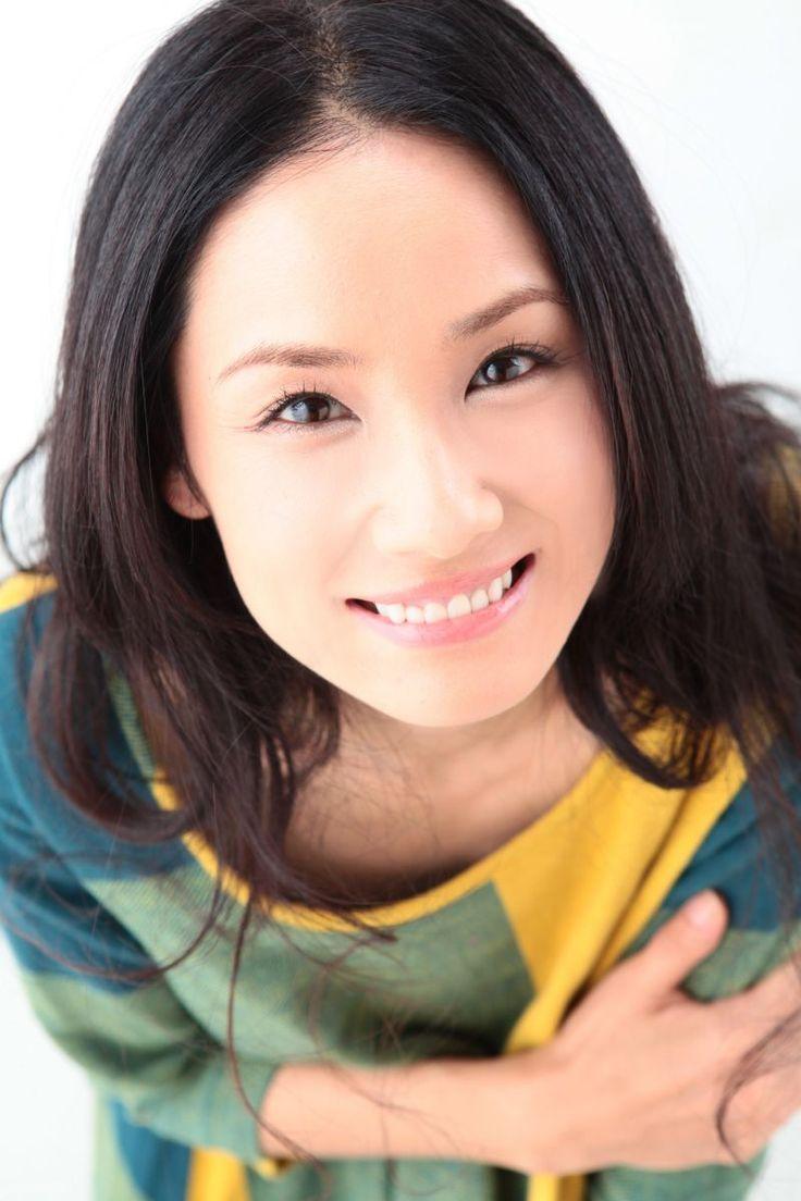 笑顔の吉田羊