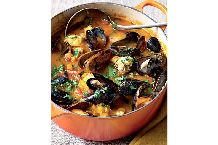 Ina garten s proven al fish stew stew the o 39 jays and chic for Ina garten fish recipes
