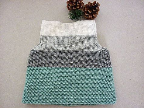 Hand+knit+baby+vest+/cardigan+/+with+Teddy.Unisex+baby